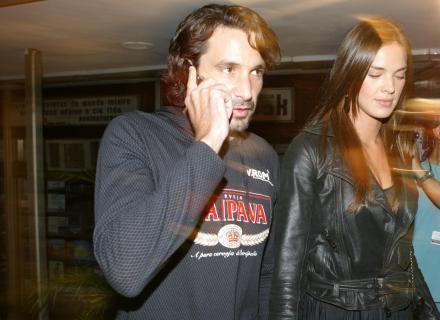 Letícia e seu namorado na época, Ricardo Mansur, com quem ficou por nove meses (set/2006)