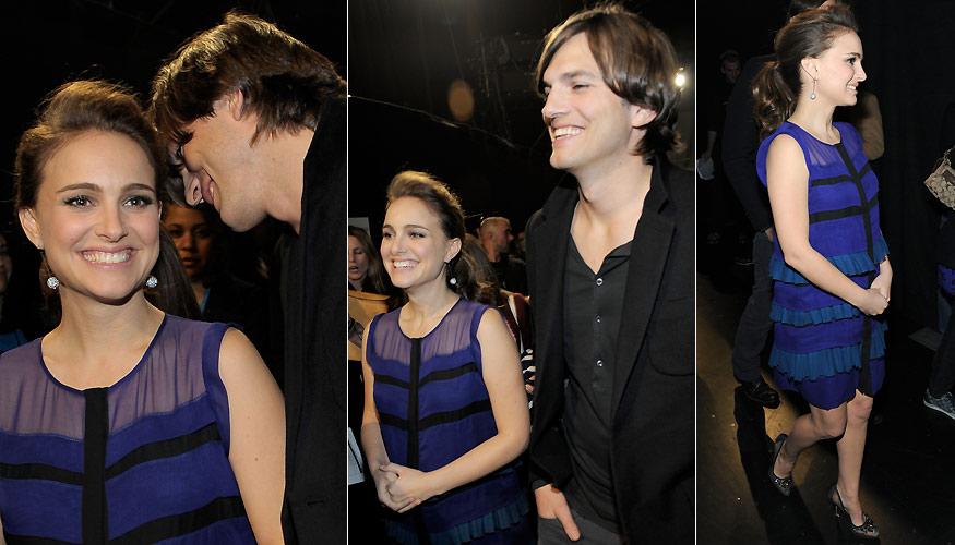 Os atores Natalie Portman e Ashton Kutcher se divertem nos bastidores do People's Choice Awards, em Los Angeles (5/1/2011)