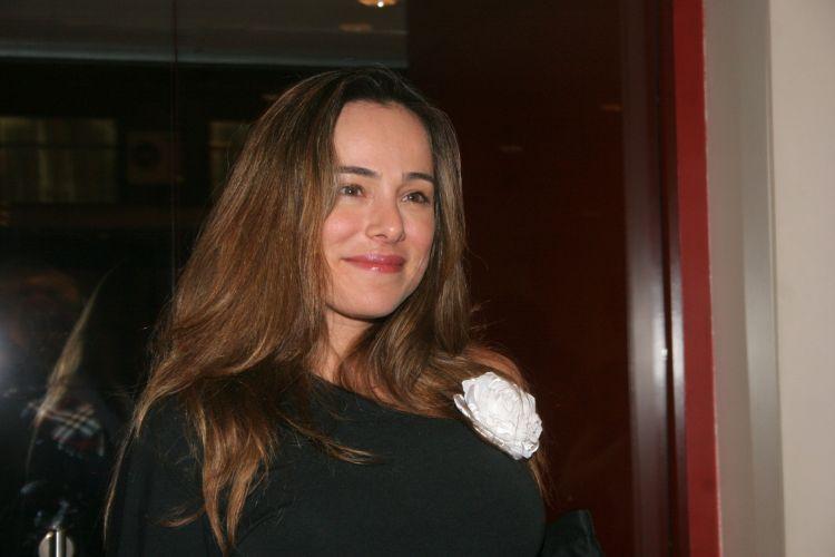 Cássia Linhares