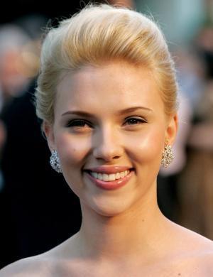 A norte-americana Scarlett Johansson sempre esbanja muito bom-humor nas suas entrevistas