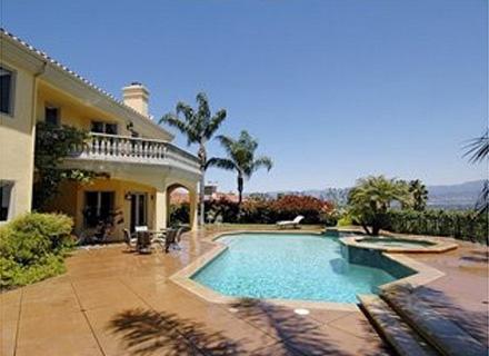 Paris Hilton compra mansão em Beverly Hills por US$ 6 mi (24/08/2007)