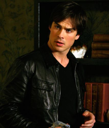 "Damon Salvatore (""The Vampire Diaries"")"