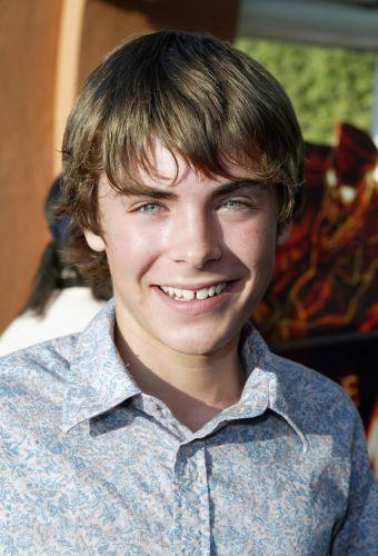 Zac Efron com apenas 16 anos na